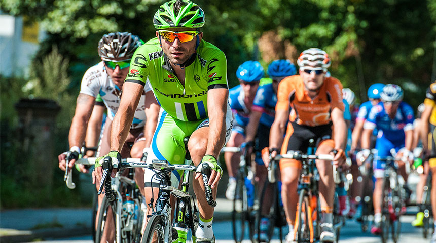 green man cyclists - How to Become an Expert Cycling Bettor